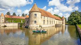 Château douve barque