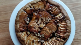 La tarte rustique aux pommes / Crédit: Jennifer Hart Smith