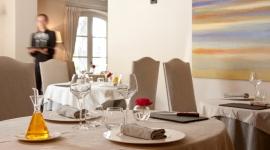 Salle intérieure restaurant La Benvengudo