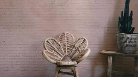 Pink brick wall - Les Dominotiers