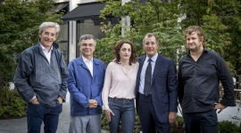©AnneEmmanuelleThionGroupe Groupe Artistes_2 : De gauche à droite : Marc Vellay, Fabrice Hyber, Eva Jospin, Laurent Dumas, Stefan Rinck