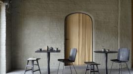 Tables Torsion, en chêne rondes ou carrées - Ethnicraft